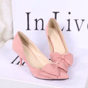 Cute Ribbon Point Toe Kitten Heels