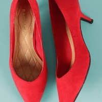 Bamboo Suede Pointy Toe Kitten Heeled Pump