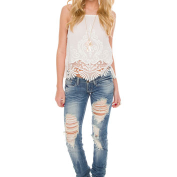 Lucille Distressed Jeans