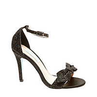 SB-GWEN: Betsey Johnson