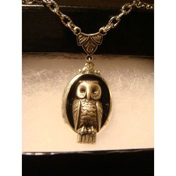 Steampunk Victorian Style Owl Necklace Antique Silver - Necklaces
