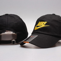 Black  Golf embroidered cap Hat