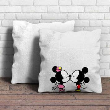 Mickey And Minnie Mouse Kiss Pillow | Aneend