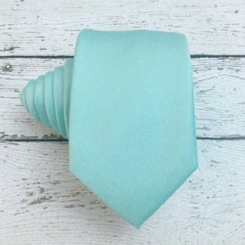 Necktie - Pastel Mint Green Slim Tie. Pastel Mint Skinny Tie. Pastel Mint Tie. Wedding. Mint  Wedding Tie. Mint Groomsmen Tie.