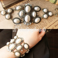 NEW Retro Vintage Fashion Jewelry Luxury Flower Pearl Bracelet Bangle FREE SHIP