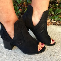 Modern Muse Shoe- Black