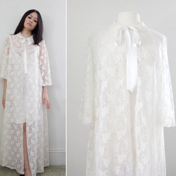 Vintage '60s Angel Sleeve Lace Peignoir Bridal Lingerie - Duster Housecoat Bed Jacket Maxi Robe - Size Small to Large