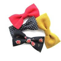 Black and Red Tiny Bow Pack