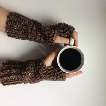 Crochet ribbed fingerless gloves in barley, fingerless gloves, texting gloves, wrist warmers