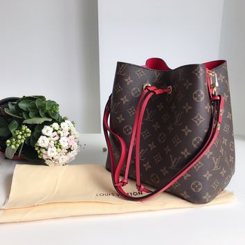 Louis Vuitton LV Monogram NÉONOÉ