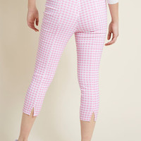 Hell Bunny Jive Got a Feeling Capris in Pink Gingham
