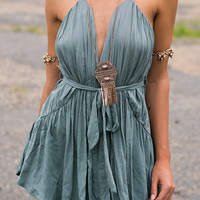 Cupshe A Great Day Plunging Short Dress