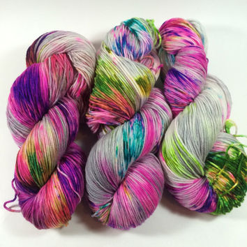 MCN, Pampered Sock, 100 grams, Color, I Knew You Were Trouble When You Walked In, Hand Dyed yarn, cashmere, nylon, superwash merino, sock