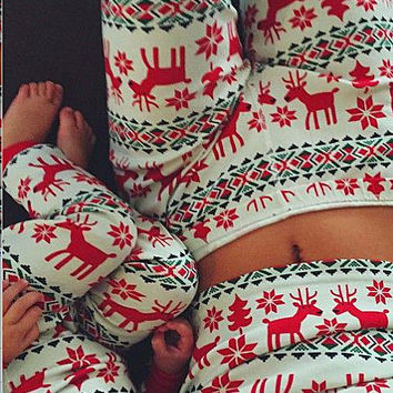 Christmas family clothes printing casual wear pajamas growth of deer snow two-piece pajamas daddy / mother / child / baby