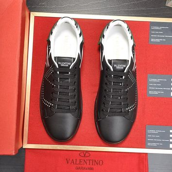 Valentino  Man Fashion Casual Shoes Men Fashion Boots fashionable Casual leather Breathable Sneakers