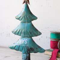 recycled metal Christmas tree