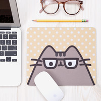 Reader Pusheen mouse pad