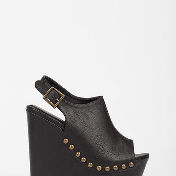 Chic Open Toe Studded Wedge