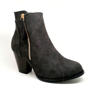 Women's Black Color Faux Leather Boot with Zipper Detail