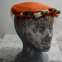 Vintage 1940s Orange Straw and Floral Tilt Hat by Noreen | One Size