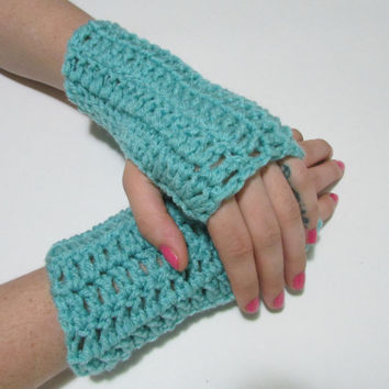 Aqua Blue Wrist Warmers, Crochet Simple Fingerless Gloves, FREE US SHIPPING, Driving Gloves, Texting Gloves, Christmas Gift, Turquoise, Azul