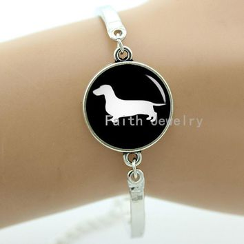 Glass cabochon dome Dachshund Dog bracelet vintage dog silhouette supernatural hound jewelry puppy animal charms T354