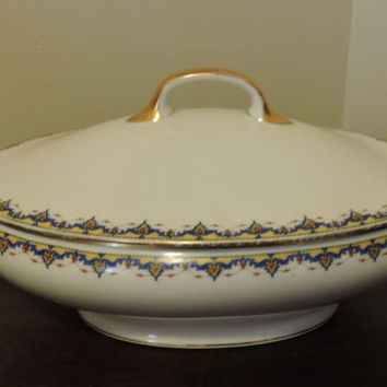 Vintage Porcelain HC France Old Abby Limoges France Gold Double Handled Lidded Tureen