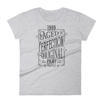 Women's 1999 Birthday Gift, Vintage Born in 1999, 19th Birthday shirt for Her, Made in 1999 T-shirt, 19 year old birthday gift