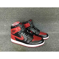 Nike Air Jordan 1 Retro OG High Banned 555088-001