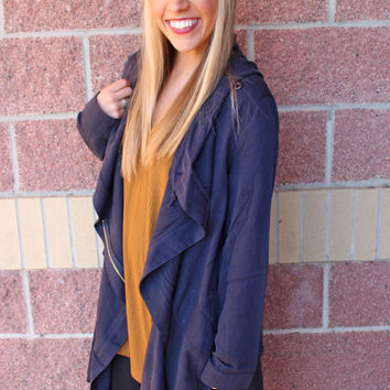 Flowy hooded jacket