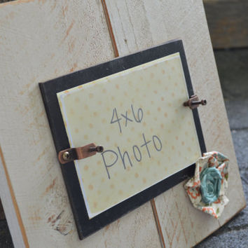 Fabric Flower PIcture Frame Shabby 4x6  ... Glassed Front