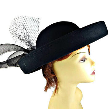 Wide Rolled Brim Black Hat with Big Bow and Netting