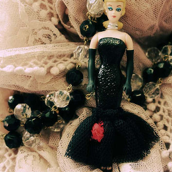 Barbie  opera singer doll necklace