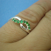 Sterling Infinity Knot Silver Ring - Emerald Green Cz Tuesday May Trend