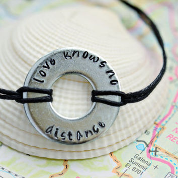 Love Knows No Distance Necklace - Long Distance Relationship / Military / Deployment
