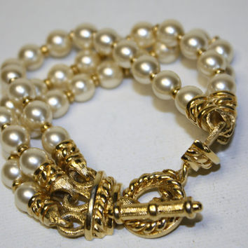 Vintage Retro 3 Strand Pearl Bracelet by patwatty on Etsy