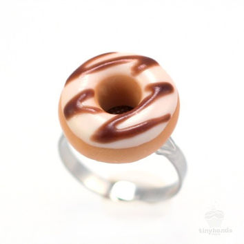 Scented Sugar Chocolate Donut Ring
