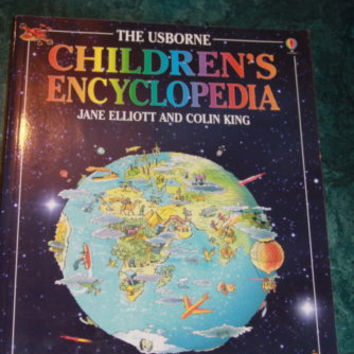 The Usborne Children's Encyclopedia Young Fun and Packed with Amazing Facts
