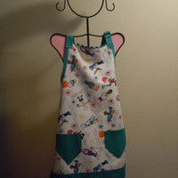 CHILD's Apron with Robert Kaufman fabric and Teal accents