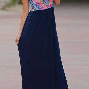 Geometric Print Sleeveless Maxi Dress