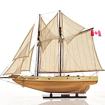 Bluenose II Fully Assembled Hancrafted Sail Boats Models