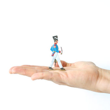 TIN SOLDIER, Flat Toy Miniature, Hand-painted and signed HW, French Military, 'Grognard' or Veteran Empire, Napoleon Army, Made in France