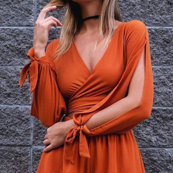 V-neck Long Sleeves Pure Color Cross Knot Short Jumpsuit