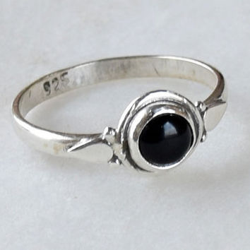 Black Ring, Sterling Silver Ring, Black Stone Ring, Gemstone Ring, Sterling Ring, Girls Rings , Simple Ring, Baby Ring,Black onyx Ring