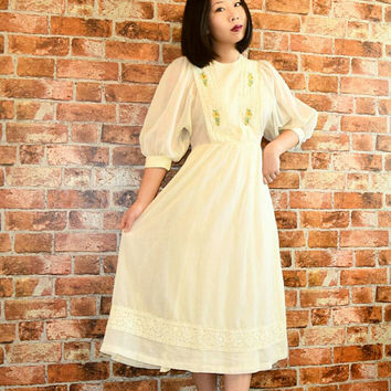 Vintage 70s Off White Hippie Sun Dress