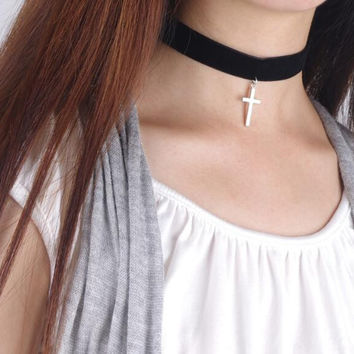 Fashion simple cross pendant choker necklace NO.15 XR-