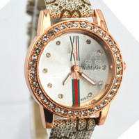 GUCCI Fashionable small girl student belt watch, small dial temperament simple lady wrist watch