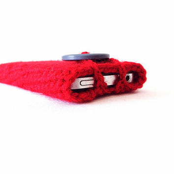 Crocheted bright red phone case iPhone smartphone blackberry Samsung anniversary gift custom made