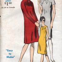 Vogue Retro Mod 1960s Dress Sewing Pattern Semi Fitted A-line Dress Mad Men Style Keyhole Neck Casual Day Dress Uncut Bust 34