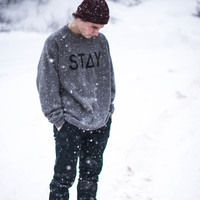 STAY SWEATSHIRT - GRAY